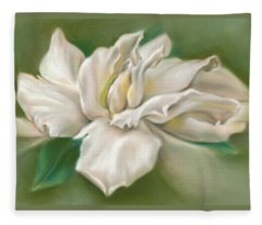 Gentle Gardenia Fleece Blanket