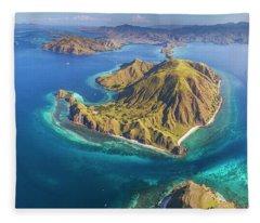 Fleece Blanket featuring the photograph Gili Lawa Island Panoramic From Above by Pradeep Raja PRINTS