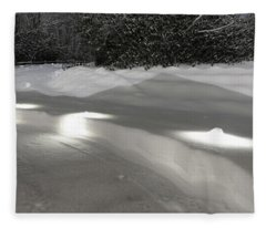 Glowing Landscape Lighting Fleece Blanket