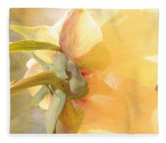 Golden Bowl Tree Peony Bloom - Back Fleece Blanket
