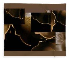 Golden Curves - Fleece Blanket