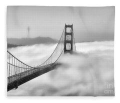 Golden Gate Bw Fog Fleece Blanket