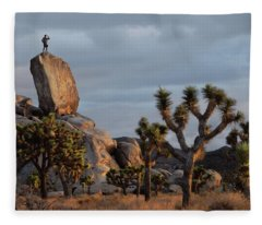 Goldie Dawn Fleece Blanket
