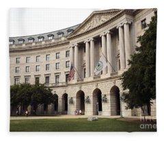 Government Achitecture In Washington Dc Fleece Blanket