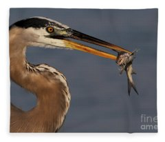 Great Blue Heron W/catfish Fleece Blanket