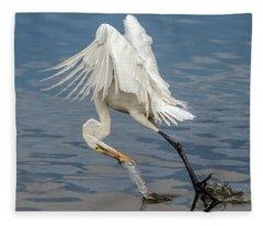 Great Egret And Fish 6636-120117-1cr Fleece Blanket