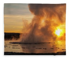 Great Fountain Geyser Sunset - Yellowstone National Park Fleece Blanket