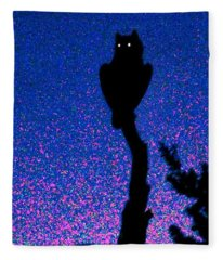 Great Horned Owl In The Desert Fleece Blanket