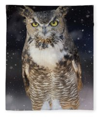 Great Horned Owl In The Snow Fleece Blanket