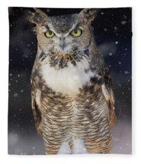 Great Horned Owl In The Snow Fleece Blanket