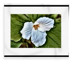 Great White Trillium Fleece Blanket