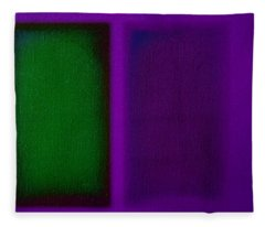 Green On Magenta Fleece Blanket