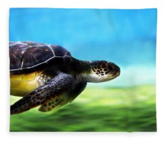 Green Sea Turtle 2 Fleece Blanket