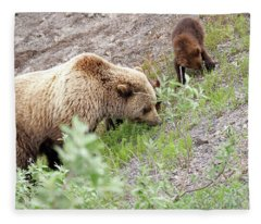 Grizzly Sow And Cubs Fleece Blanket