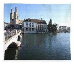 Grossmunster, Wasserkirche And Munsterbrucke - Zurich Fleece Blanket