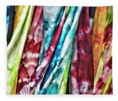 Hanging Color Fleece Blanket