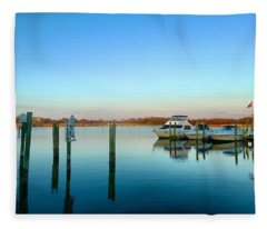 Hard Yacht Cafe Fleece Blanket
