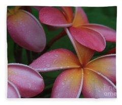 He Pua Laha Ole Aloha Hawaii Fleece Blanket