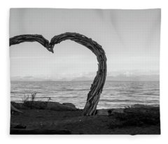 Heart Arch Fleece Blanket
