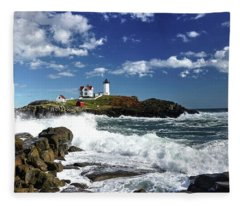 High Surf At Nubble Light Fleece Blanket