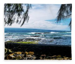 Hilo Bay Dreaming Fleece Blanket