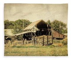 Hooper Hay Shed Fleece Blanket