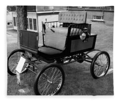 Horseless Carriage-bw Fleece Blanket