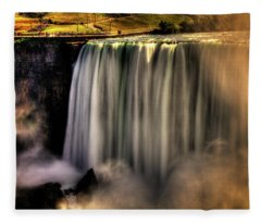 Horseshoe Falls Early Autumn No 03 Fleece Blanket