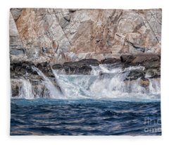 Huatulco's Texture Fleece Blanket
