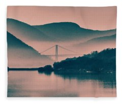 Hudson Highlands Fog Fleece Blanket