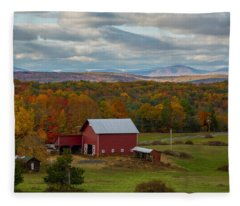Hudson Valley Ny Fall Colors Fleece Blanket