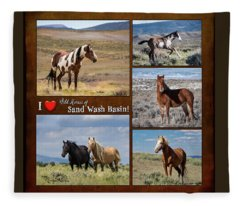 I Love Wild Horses Of Sand Wash Basin Fleece Blanket
