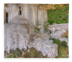 Ice Formations Fleece Blanket