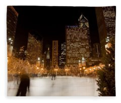 Ice Skaters And Chicago Skyline Fleece Blanket