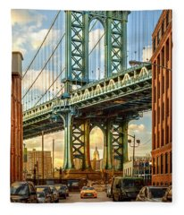 Iconic Manhattan Fleece Blanket
