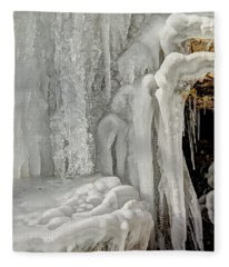 Icy Tendrils Fleece Blanket