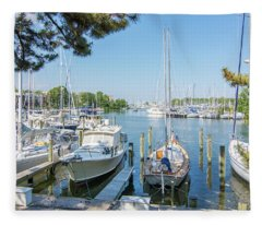 Idle Boats Back Creek Annapolis Fleece Blanket