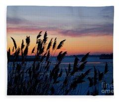 Illinois River Winter Sunset Fleece Blanket