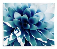 Impression Dahlia Fleece Blanket