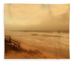 In My Dreams The Ocean Sings - Jersey Shore Fleece Blanket