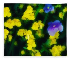 In The Garden Fleece Blanket