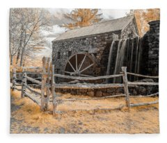Infrared Grist Mill Fleece Blanket