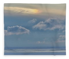 Iridescence Horizon Fleece Blanket