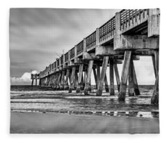 Jacksonville Beach Pier In Black And White Fleece Blanket