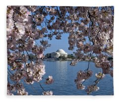 Jefferson Memorial On The Tidal Basin Ds051 Fleece Blanket