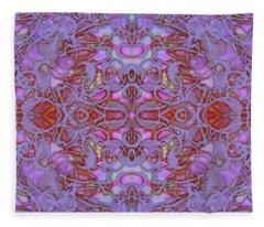 Kaleid Abstract Focus Fleece Blanket