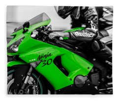 Kawasaki Ninja Zx-6r Fleece Blanket