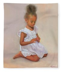 Kaycee Victoria Fleece Blanket