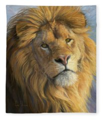 King's Gaze Fleece Blanket