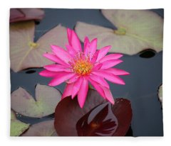 Kinky Stamens Fleece Blanket